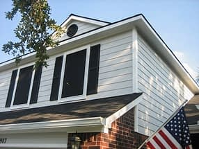 Hardie Plank Siding and Windows Replacement